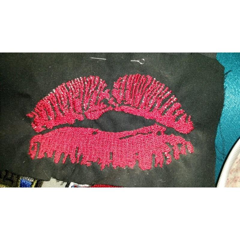 Дизайн губы машинной вышивки 79